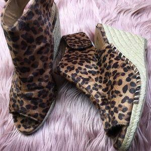 Kelsi Dagger Clarabel Cheetah Wedge Fuzzy Peep-Toe